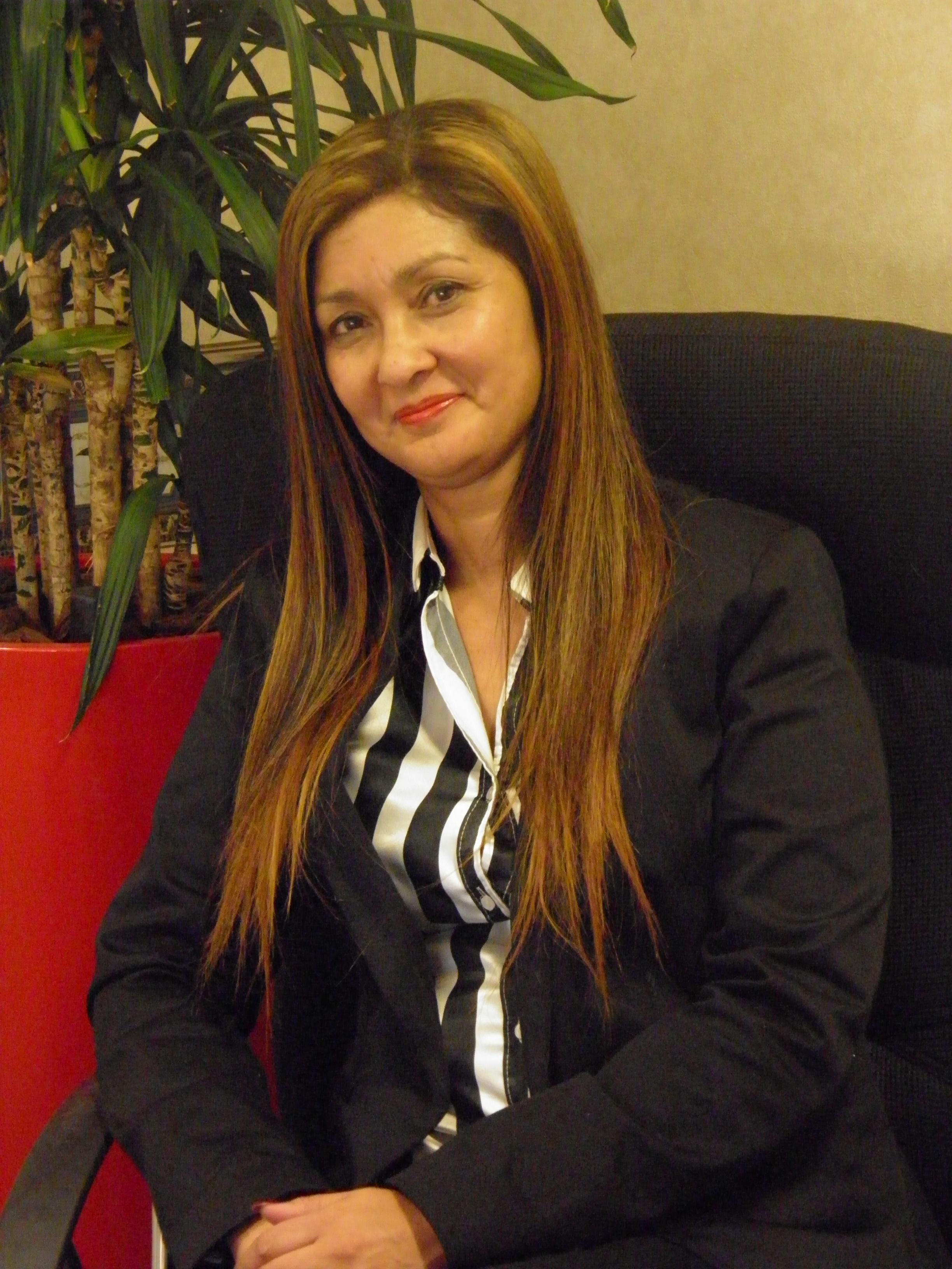 Dr. Marion Borcherds
